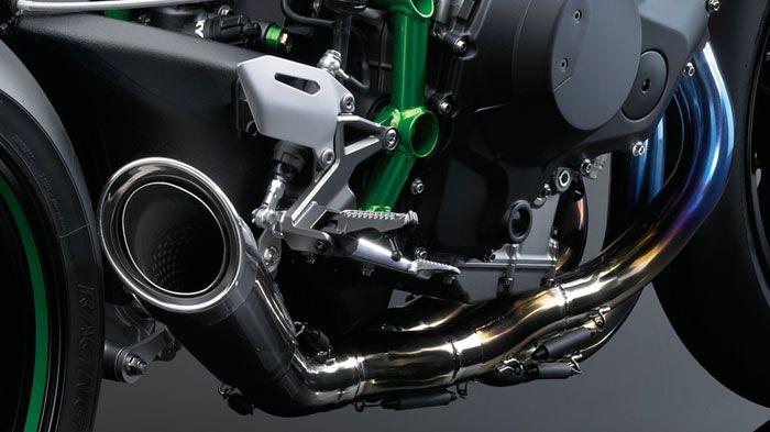 Kawasaki-H2R-9