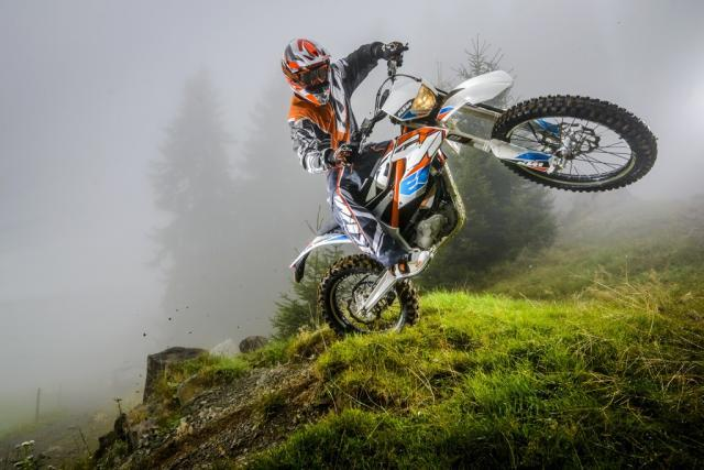 93353_ktm_freeride_e_action_1024.jpg_2000_0