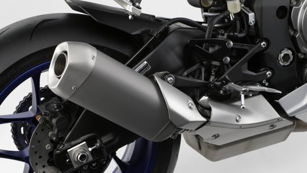 2015_YAM_YZF1000R1_EU_MS1RB_DET_004_mediagallery-article
