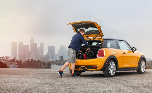 mini-citysurfer-concept-and-mini-cooper-s-hardtop-photo-649091-s-520x318