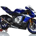 2015-yamaha-r1-factory-says-hello-world-video_2