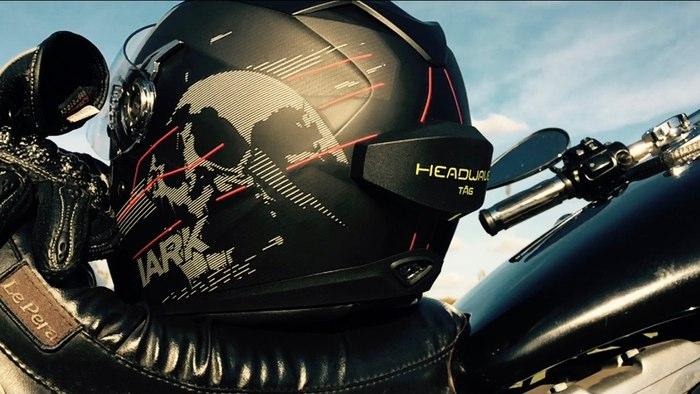 ヘルメット に貼り付ける スピーカー 「 Headwave T?G 」がすごい!!