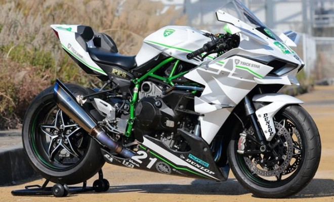 kawasaki-ninja-h2r-does-285-km-h-104610_1