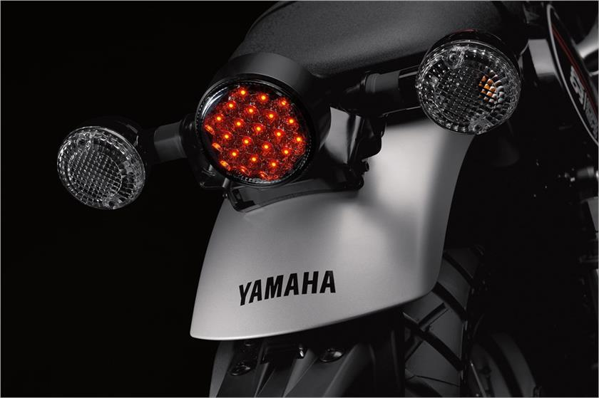 2017-yamaha-scr950-scrambler-revealed_41