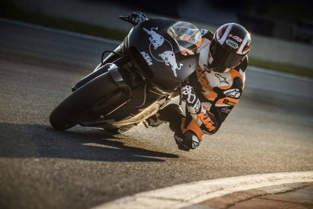2017-KTM-RC16-MotoGP-official-test-01