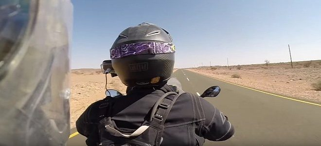 heres-why-motocross-helmets-arent-good-for-the-highway-111592-7