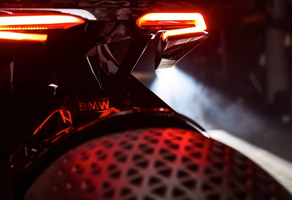 bmw-motorrad-previews-future-bike-through-vision-next-100-concept_25