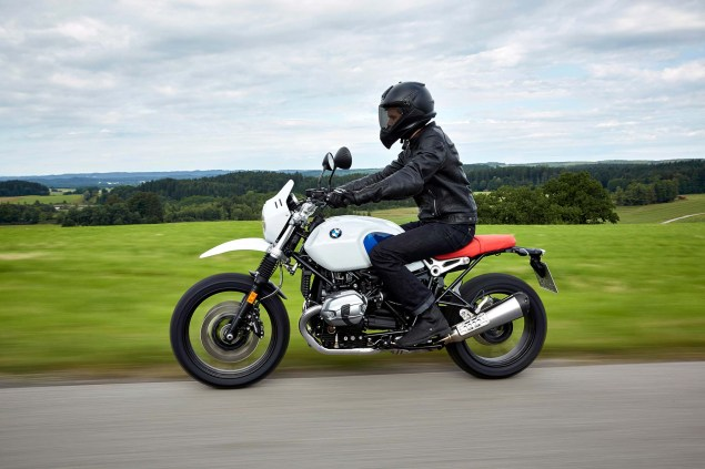 2017-bmw-r-ninet-urban-gs-21