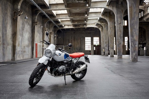 2017-bmw-r-ninet-urban-gs-39