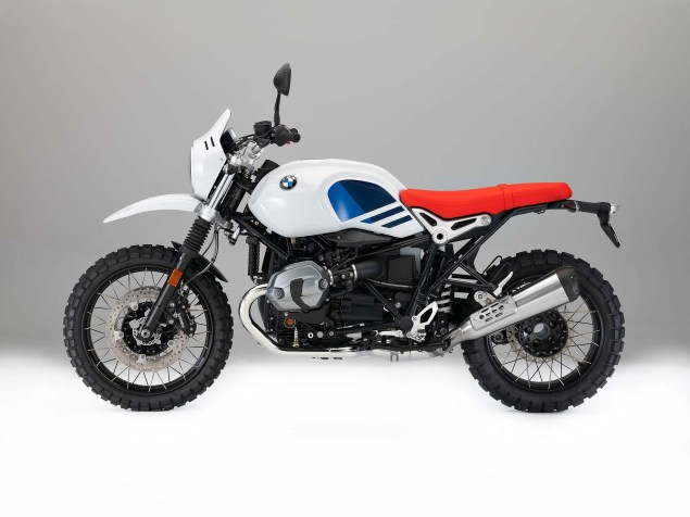 2017-bmw-r-ninet-urban-gs-52