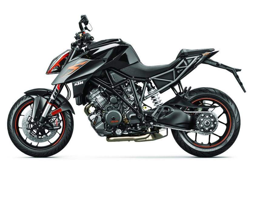 2017-ktm-super-duke-1290r-new-superduke-11