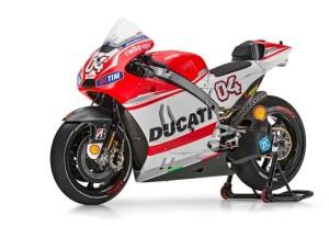 大幅変更! DUCATI 2015 GPマシン Desmosedici GP15!!