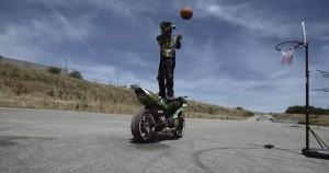 バイク の新しい 遊び方 ♪