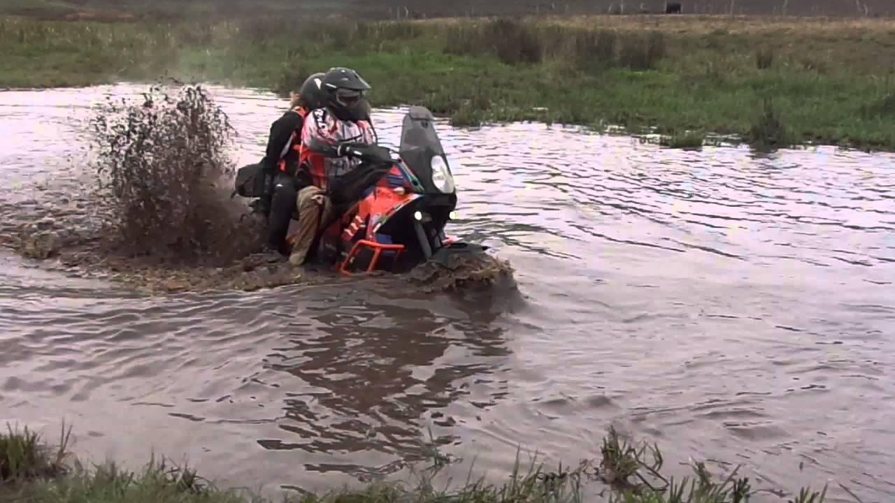 水陸両用バイク!?!?笑