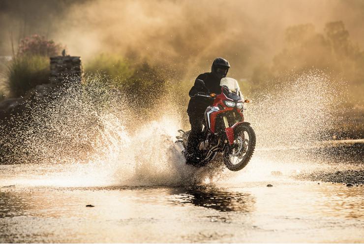 Honda Africa Twin (アフリカツイン) CRF1000L の公式動画が続々公開!!
