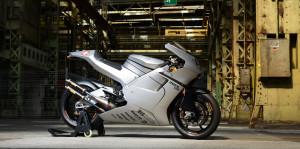 V4 2ストレーサー 復活!! 576cc Suter MMX500はこれだ!!