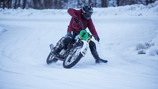 雪 でも バイク に乗りたい!! ピレリの本気編!!