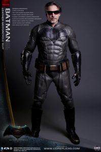 これを着ればバットマン! バイク用革ツナギがすごい!