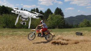 バイク乗りがドローン撮影をかっこよくする方法。
