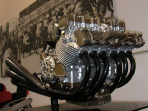 感動!4気筒じゃない!HONDA ホンダ 250cc 6気筒の音を聞け!