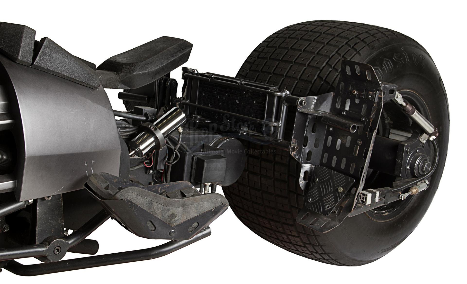 dark-knight-trilogys-batpod-motorcycle-is-up-for-auction_1
