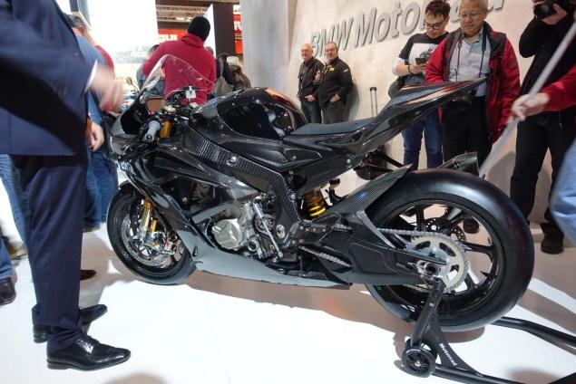 2017-bmw-hp4-race-motofire-01