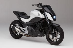 Honda(ホンダ) CESで Riding Assist 「倒れないバイク」公開!