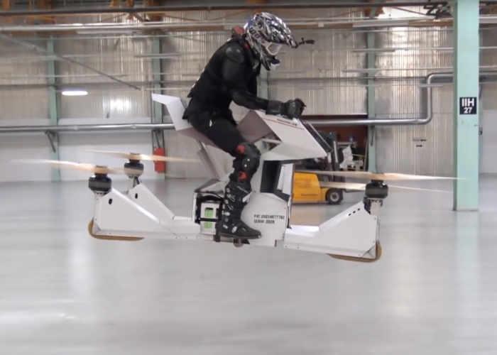 空飛ぶバイク Hoversurf Scorpion-3公開!