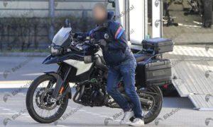 BMW F900GS スパイショット!
