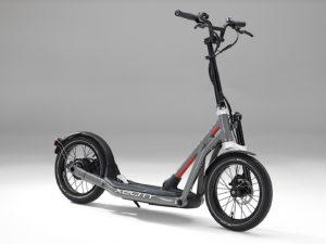 BMW 電動2輪ボード X2 Cityを公開!