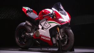 Ducati(ドカティ)EICMAで公開した新型モデル全まとめ!PanigaleV4も!