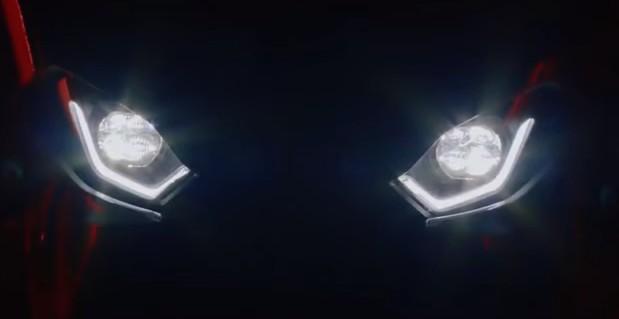 新型BMW S1000RRはバルタイ?逆回転クランク?何が出るのかEICMA!