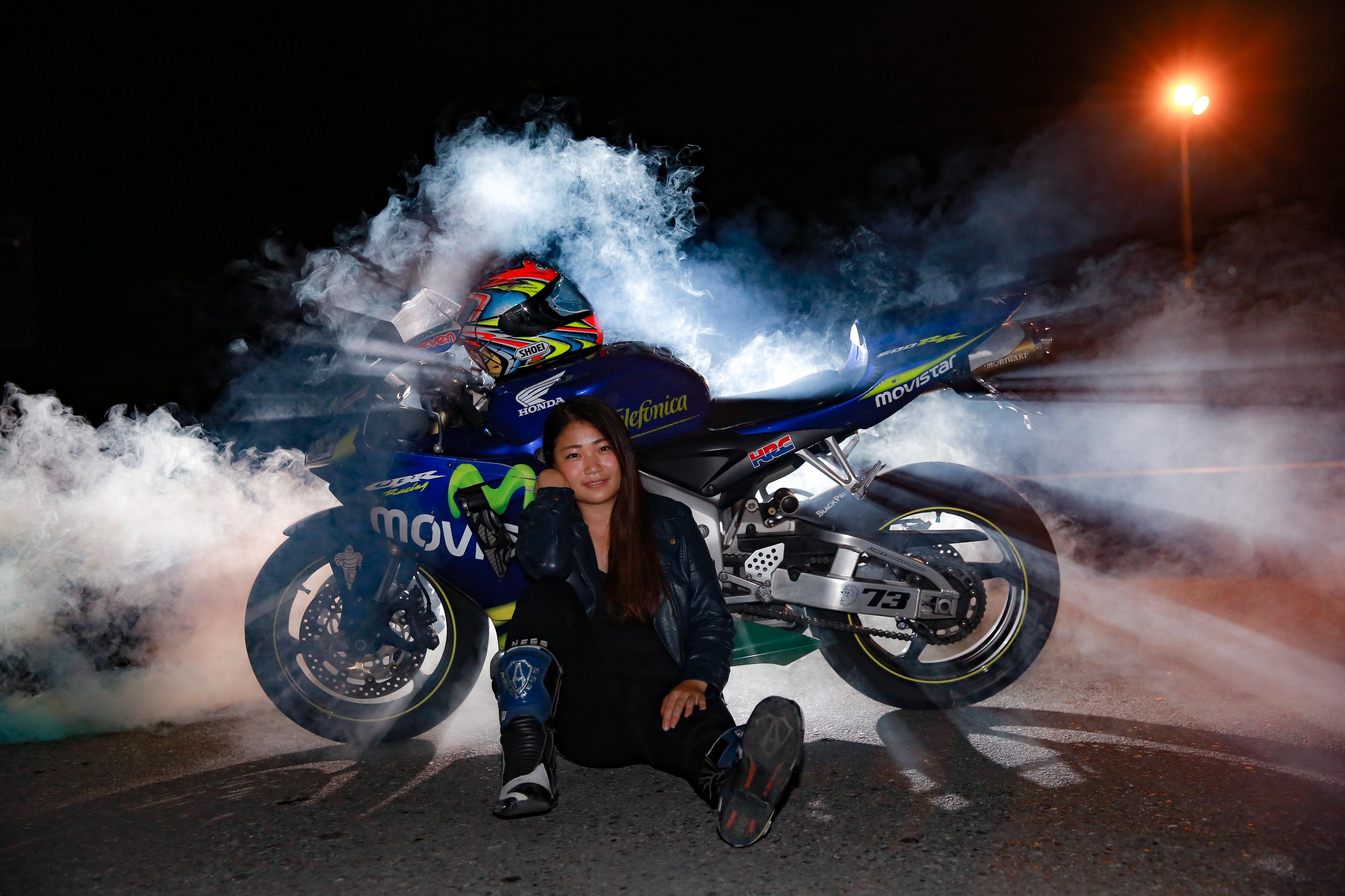 バイク女子 ライダー女子 CBR600RR