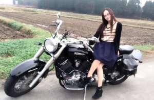 バイク 女子 ツーリング アメリカン