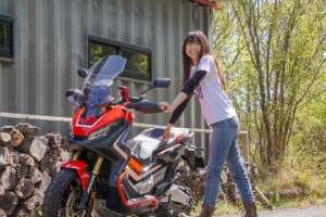 xadv バイク女子 ツーリング honda 林道