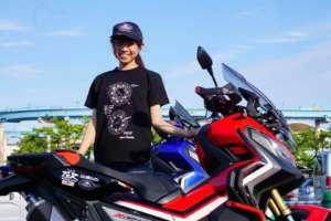 バイク女子デザインの素敵なTシャツを期間限定販売します!