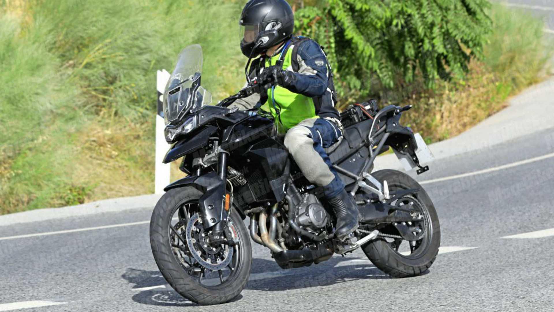 Triumph(トライアンフ)Tiger 1000ccクラスの新型モデル投入か?