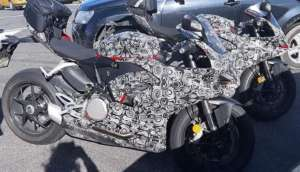 Ducati 959 Panigale(パニガーレ)&1299 Superleggeraダブルスパイショット!