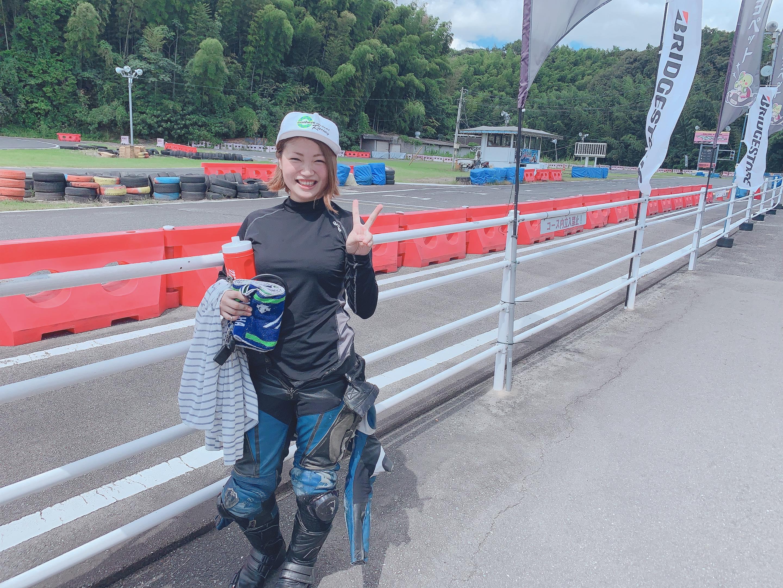 女子レーシングライダー亜梨沙「私の原点、A-oneサーキット」