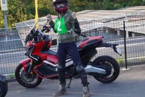 インスタバイク女性ライダーkanae「パイロンパーク鈴鹿で練習してみた!」