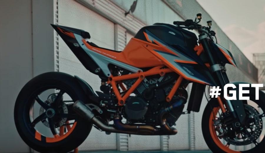 KTM 2020年新型1290SuperDuke R(スーパーデューク)&Duke890デザインが明らかに!