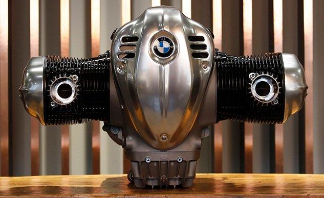 BMW1800ccビッグボクサーのR18エンジンの詳細を公開!