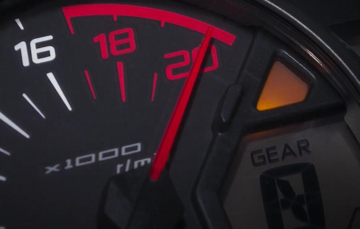 Kawasaki(カワサキ) 250cc 4気筒 ZX-25Rの2万回転メーター紹介映像公開!
