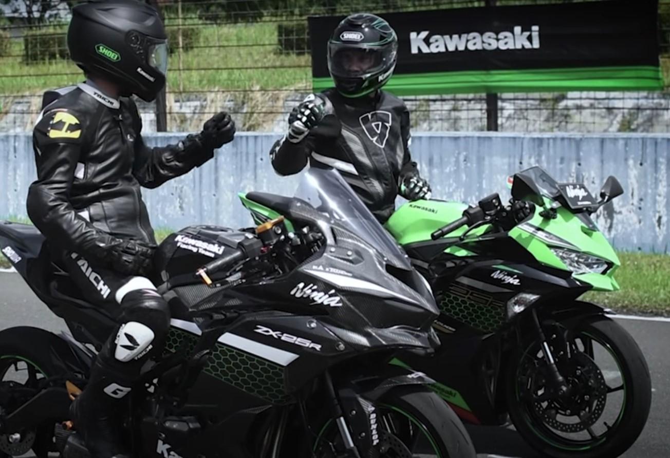 Kawasaki(カワサキ) ZX-25R レーサーカスタム良音走行映像公開!