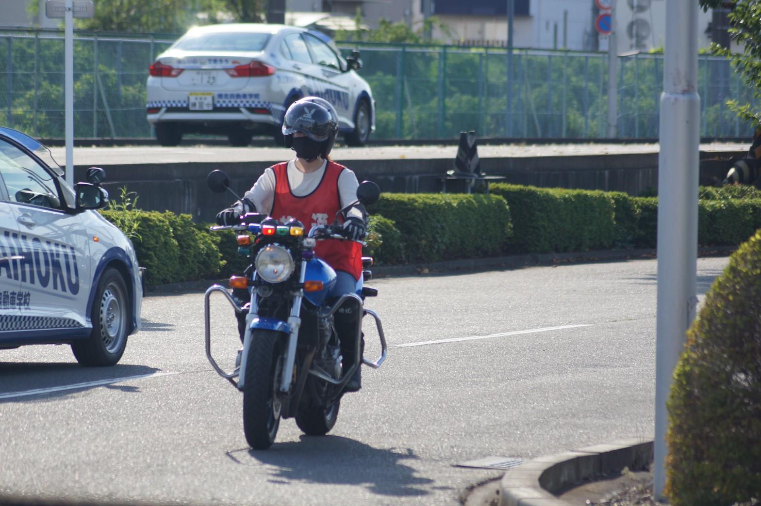 バイク女子になろう!!娘が2輪教習通い始めましたー