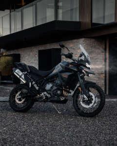 トライアンフから限定モデル「TIGER 900 BOND EDITION」発表